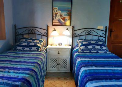 750 x 425 Blye Room
